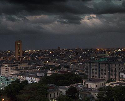 Anochece en La Habana